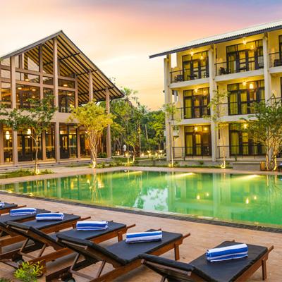 Hotel & Leisure